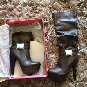 Stunning boots 💕😊💕😊